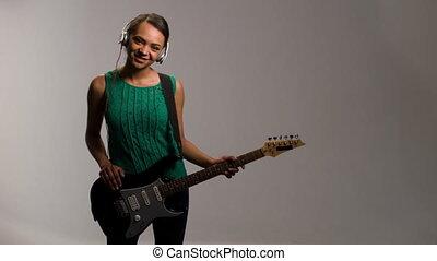 femme, jeux, guitare, musique, agréable, écoute