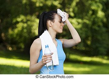 femme, jogging, fatigué, après