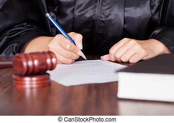 femme, juge, écriture, sur, papier