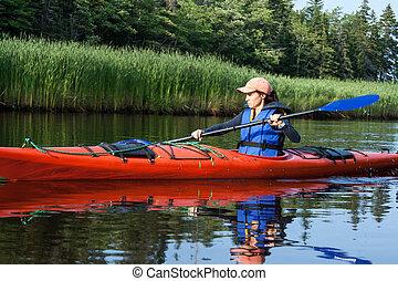 femme, kayaking