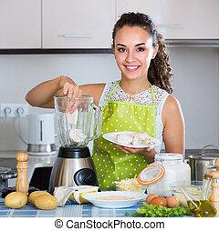 femme, kitchen., mixer