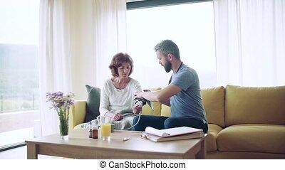 femme, lent, motion., visiteur, maison, santé, visit.,...