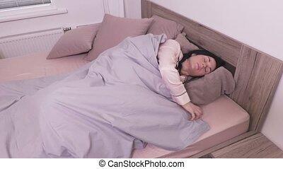 femme, lit, dormir