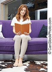 femme, livre, jeune, lecture