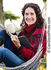 femme, livre, lecture, mûrir