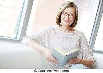 femme, livre