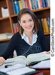 femme, livres, bibliothèque