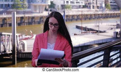 femme, mécontent, plan, business, éditorial