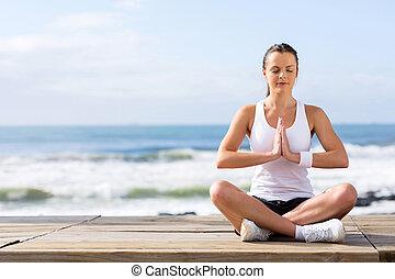 femme méditer, calme, jeune