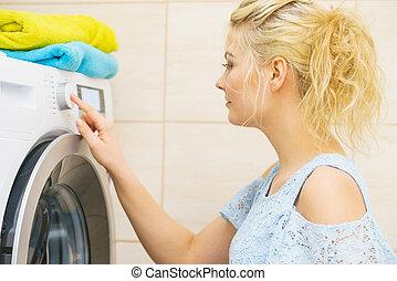 femme, machine, monture, lavage