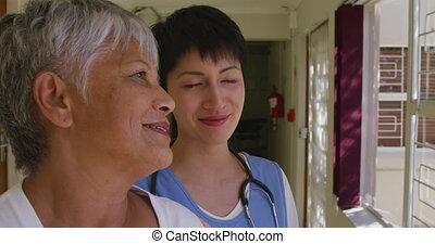 femme, maison, personne agee, infirmière, retraite, portion