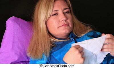 femme malade, frustré, mensonge