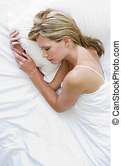 femme, mensonge, lit, dormir