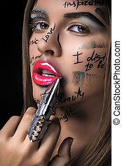 femme, mode, clair, figure, maquillage, métal, doigt, ring., élevé, élégant, mots, créatif, blonds, regard, lèvres, rose, beau, écrit