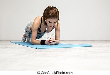 femme, natte yoga, fonctionnement, jeune, portrait, dehors