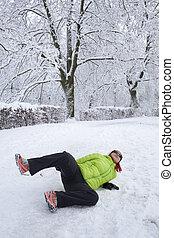 femme, neige, slipped, glace