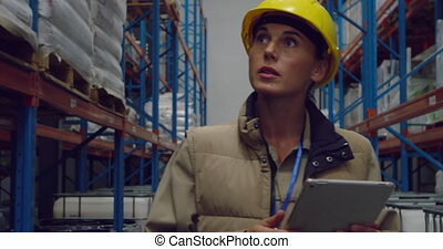 femme, ouvrier, entrepôt, jeune