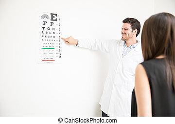 femme, patient, oculiste, essai, laboratoire