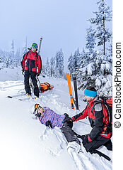 femme, patrouille, jambe, portion, cassé, ski