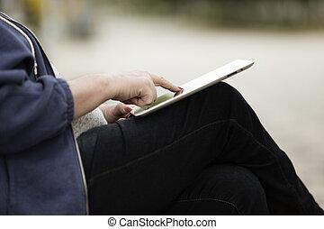 femme, pc., tablette