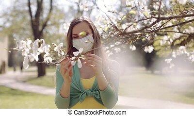 femme, pendant, visiter, covid-19, printemps, jour, crise, ...
