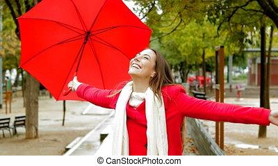 femme, pluie, sous, apprécier, rouges, heureux
