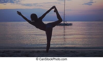 femme, pose, yoga, motion., jeune, exercisme, exotique, surprenant, lent, pendant, plage, 1920x1080, sunset.
