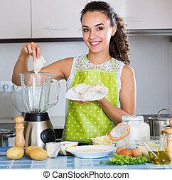 femme, poulet, préparer, pâté