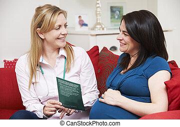femme, pregnant, vi, littérature, sage-femme, pendant, maison, discuter