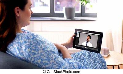 femme, pregnant, vidéo, avoir, docteur, appeler