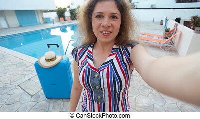 femme, prendre, jeune, vacances, joli, selfie