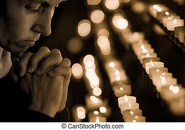 femme prier, église