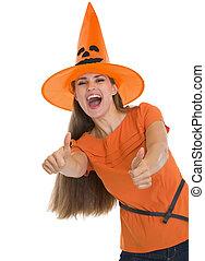femme, projection, halloween, jeune, haut, pouces, chapeau, heureux