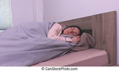 femme, pyjamas, lit