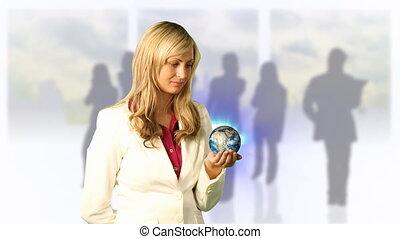 femme regarde, globe