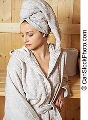 femme relâche, sauna