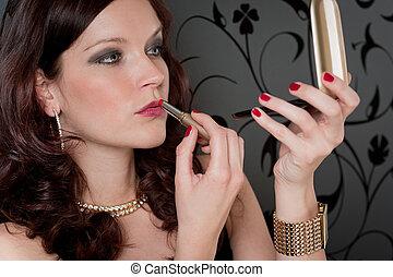 femme, rouge lèvres, cocktail, soir, fête, appliquer, robe