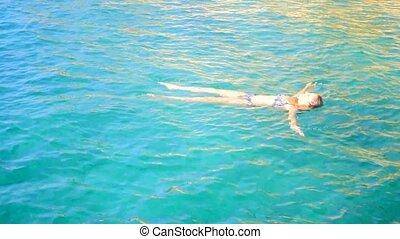 femme, séduisant, mer, natation
