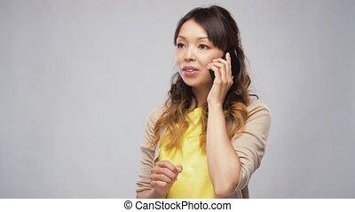 femme, smartphone, asiatique, appeler