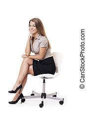 femme souriante, chaise, bureau, séance