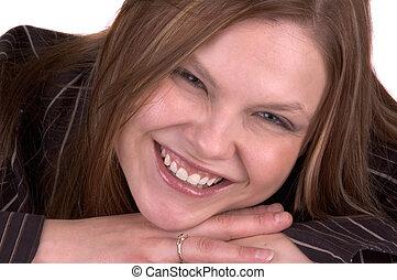 femme souriante, jeune