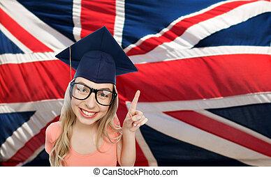 femme, sur, drapeau, étudiant, anglaise, mortarboard