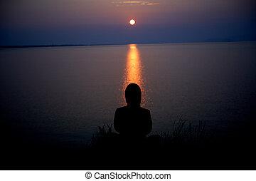 femme, sur, sunruse, lac, méditer, baikal, temps
