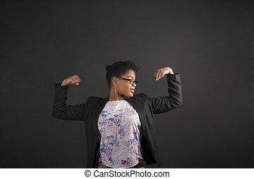 femme, tableau noir, bras, fond, africaine, fort