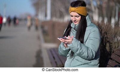 femme, texting, smartphone, jeune