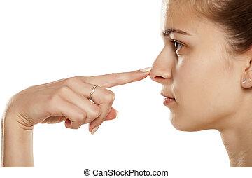 femme, toucher, jeune, elle, nez