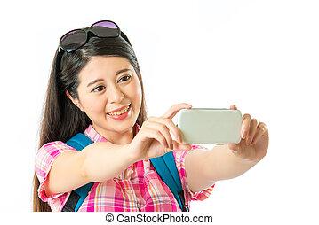 femme, touriste, prendre, asiatique, selfie, heureux