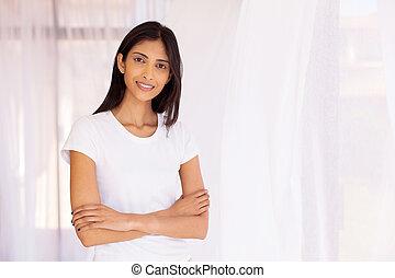 femme, traversé, indien, bras