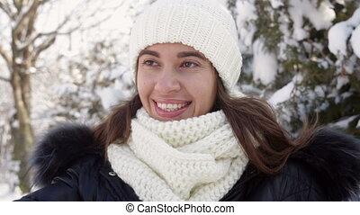 femme, tricoté, chapeau, beau