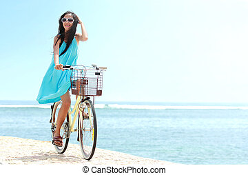 femme, vélo, amusement, équitation, plage, avoir